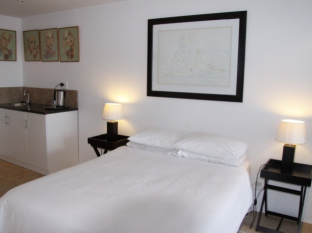 Cape View Accommodation Guesthouse Cape Town - Double/Triple Ensuite: Sea View Room