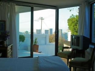 Cape View Accommodation Guesthouse Cape Town - Double/Triple Ensuite: Self Catering