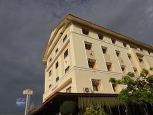 チョンラプルック レイクサイド ホテル Chonlapruk Lakeside Hotel