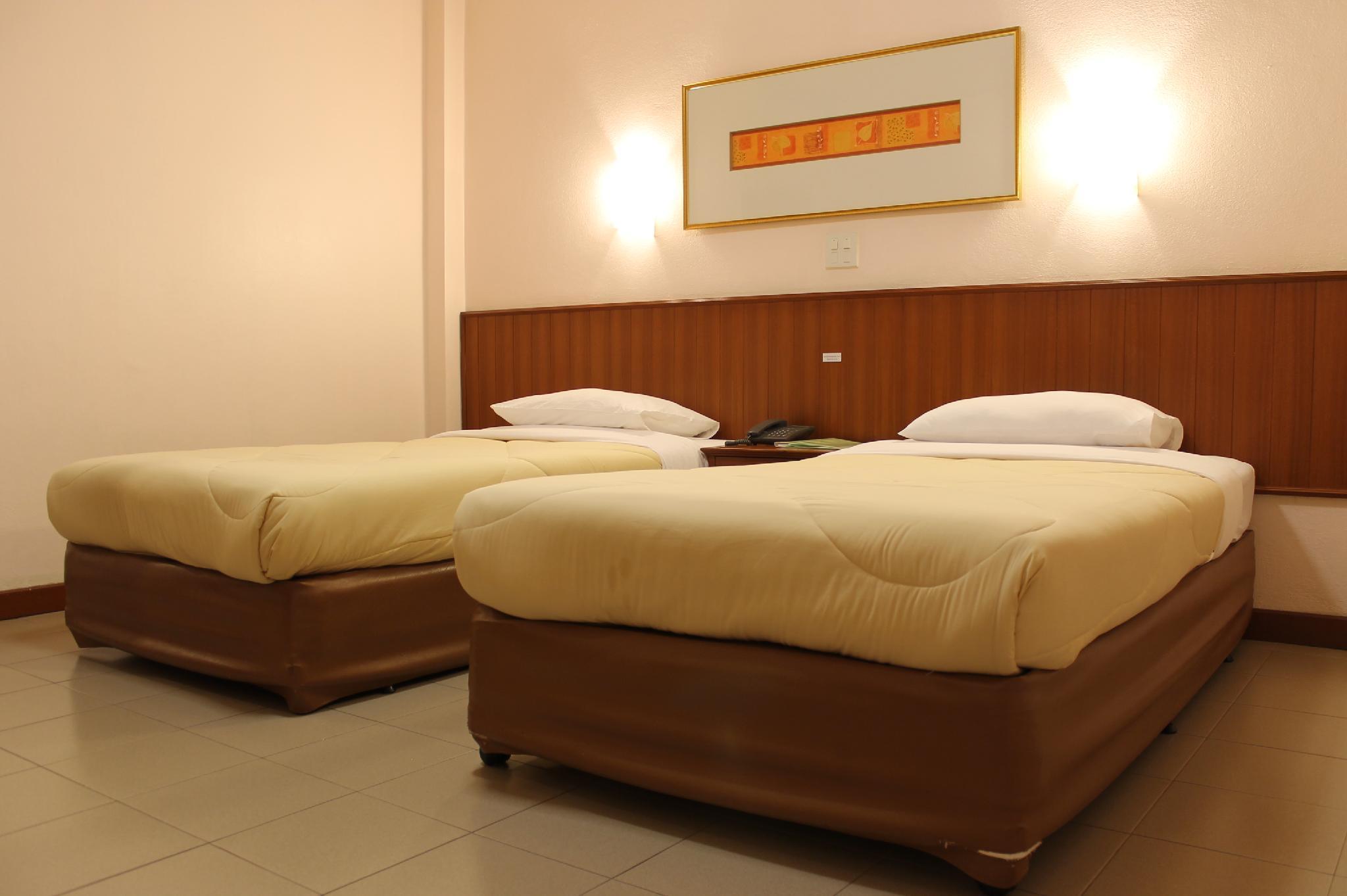 Rattana Park Hotel,โรงแรมรัตนาปาร์ค