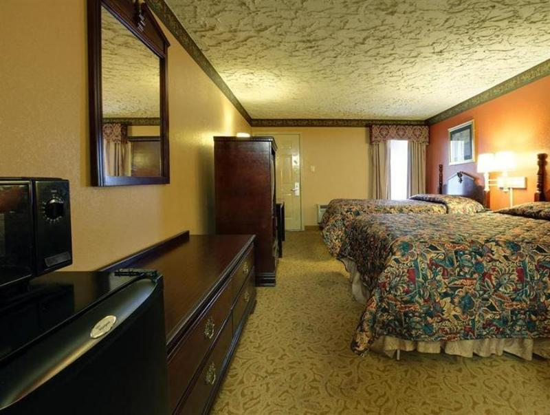 Americas Best Value Inn - Longview, TX 75602