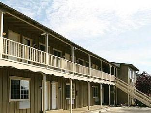 Hotel in ➦ Clearlake (CA) ➦ accepts PayPal