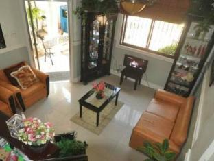 The Gabriella Bed and Breakfast Bohol - Interno dell'Hotel