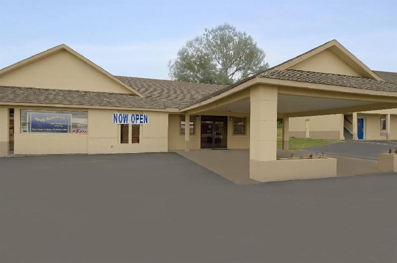 Americas Best Value Inn - Henryetta Ok - Henryetta, OK 74437