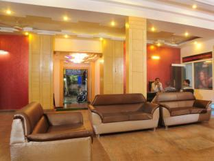 Hotel City Heights New Delhi - Lobby