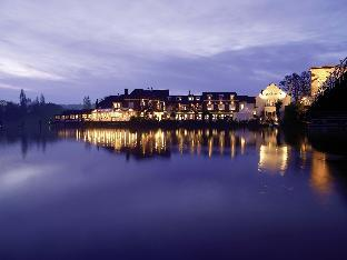 Macdonald Compleat Angler Hotel