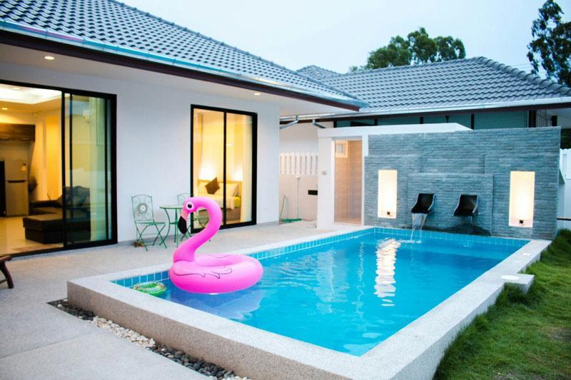 Mil pool villa soi 102