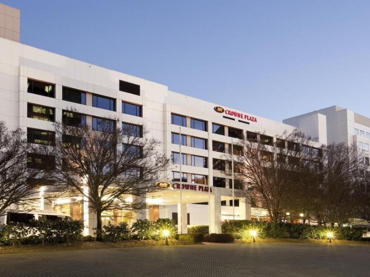 Crowne Plaza Canberra photo 1