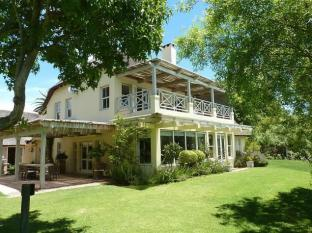 In the Vine Country Manor House Stellenbosch - Beautiful Garden