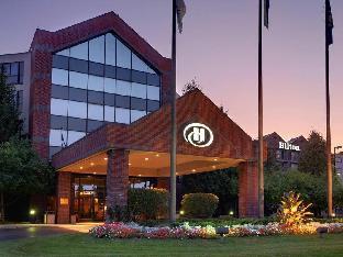 Interior Embassy Suites by Hilton Auburn Hills