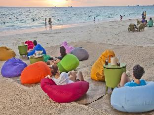 Station 3 Beachfront, Sitio Angol, Manoc-Manoc
