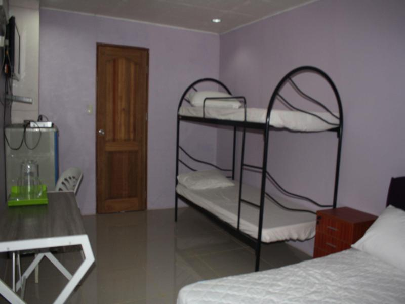 Deluxe Dormitory Room (Good For 6 Adults)