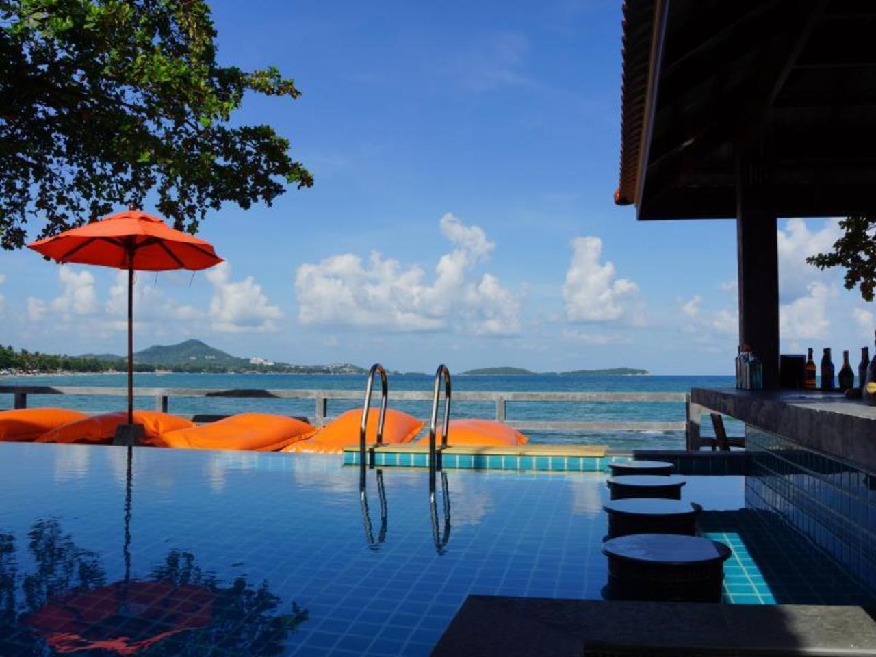 บุณฑรีก์ เฉวง บีช รีสอร์ท เกาะสมุย (Bhundhari Chaweng Beach Resort Koh Samui)