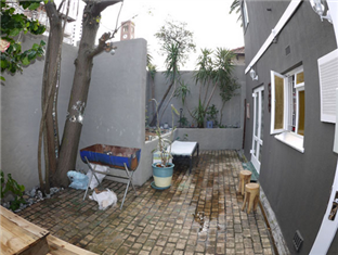 The B.I.G Backpackers Cape Town - Guest House Exterior