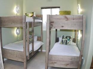 The B.I.G Backpackers Cape Town - 1 Bed in a Female Dormitory Room