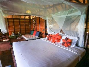 Serendipity Beach Resort Koh Lipe guestroom junior suite