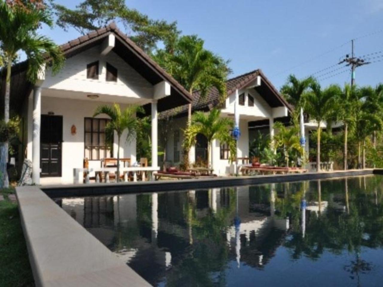 ไพรเวซี รีสอร์ท (Privacy Resort)
