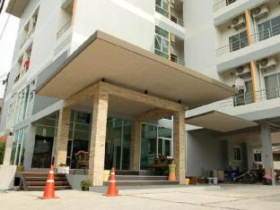 The Centrino Serviced Residence Suratthani - Hotellet udefra
