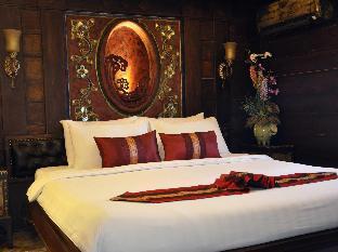Thannatee Boutique Hotel guestroom junior suite