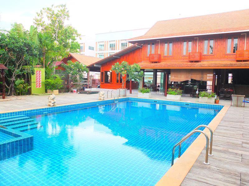 at home resort pattaya rh hotels2thailand com
