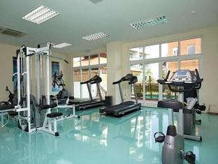 Emerald Palace - Serviced Apartment Pattaya - Sports and Activities