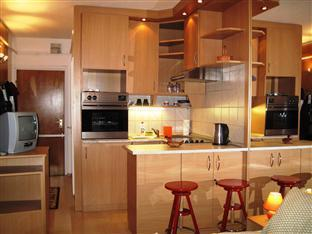 Mary-Ann Non Stop Apartments Budapest - Kitchen