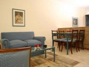 Mayla Apartments5