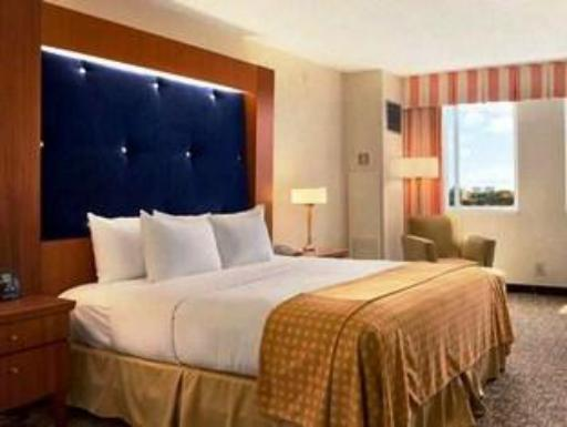 DoubleTree by Hilton Hotel Deerfield Beach - Boca Raton hotel accepts paypal in Fort Lauderdale (FL)