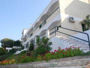 Anthemis Hotel Apartments