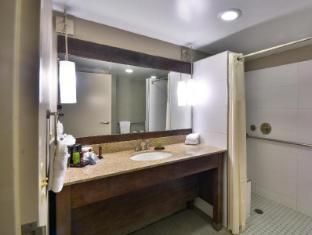 room of Embassy Suites by Hilton Denver Central Park