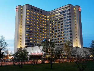 view of Sheraton Anchorage Hotel & Spa