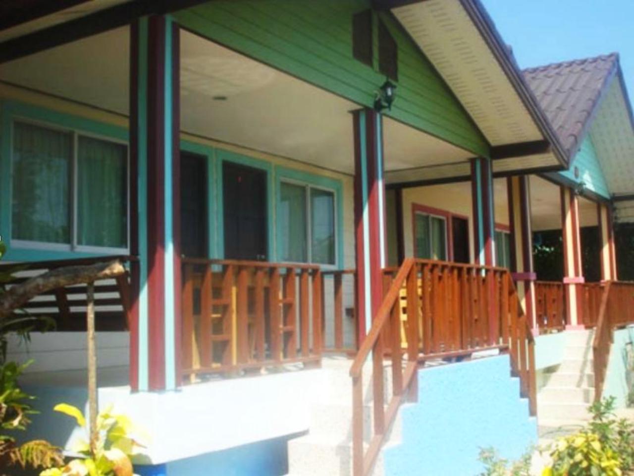 กัญจนพร รีสอร์ต แอท เกาะล้าน (Kanjanaporn Resort at Kohlarn)