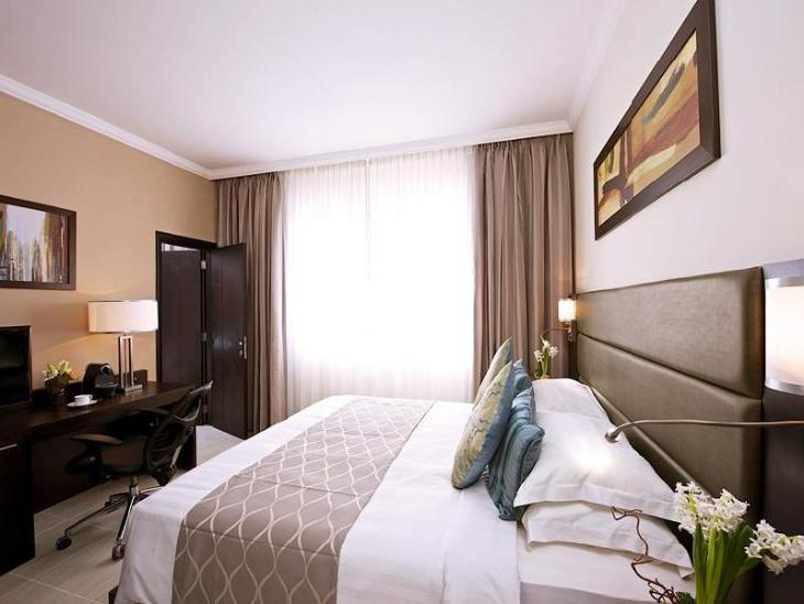 The Royal Riviera Hotel Doha photo 2