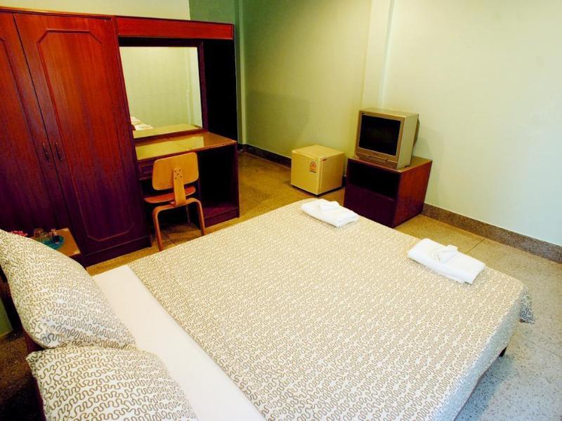 シリ クルンテープ ホテル(Sri Krungthep Hotel)