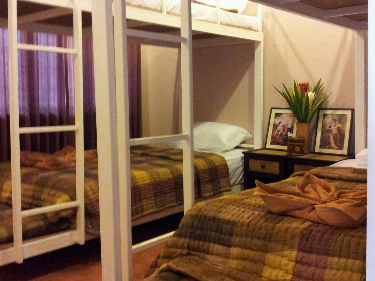 Teeraya Boutique Dormitory,ธีรยา บูทิค ดอร์มิโทรี