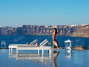 Acroterra Rosa Luxury Suites