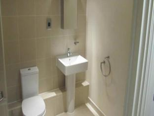 Max Serviced Apartments Glasgow Olympic House Glasgow - Bathroom