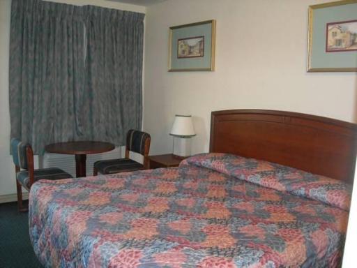 ➦  Magnuson Hotels    (California) customer rating