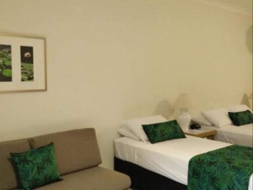 Lazy Lizard Motor Inn PayPal Hotel Port Douglas