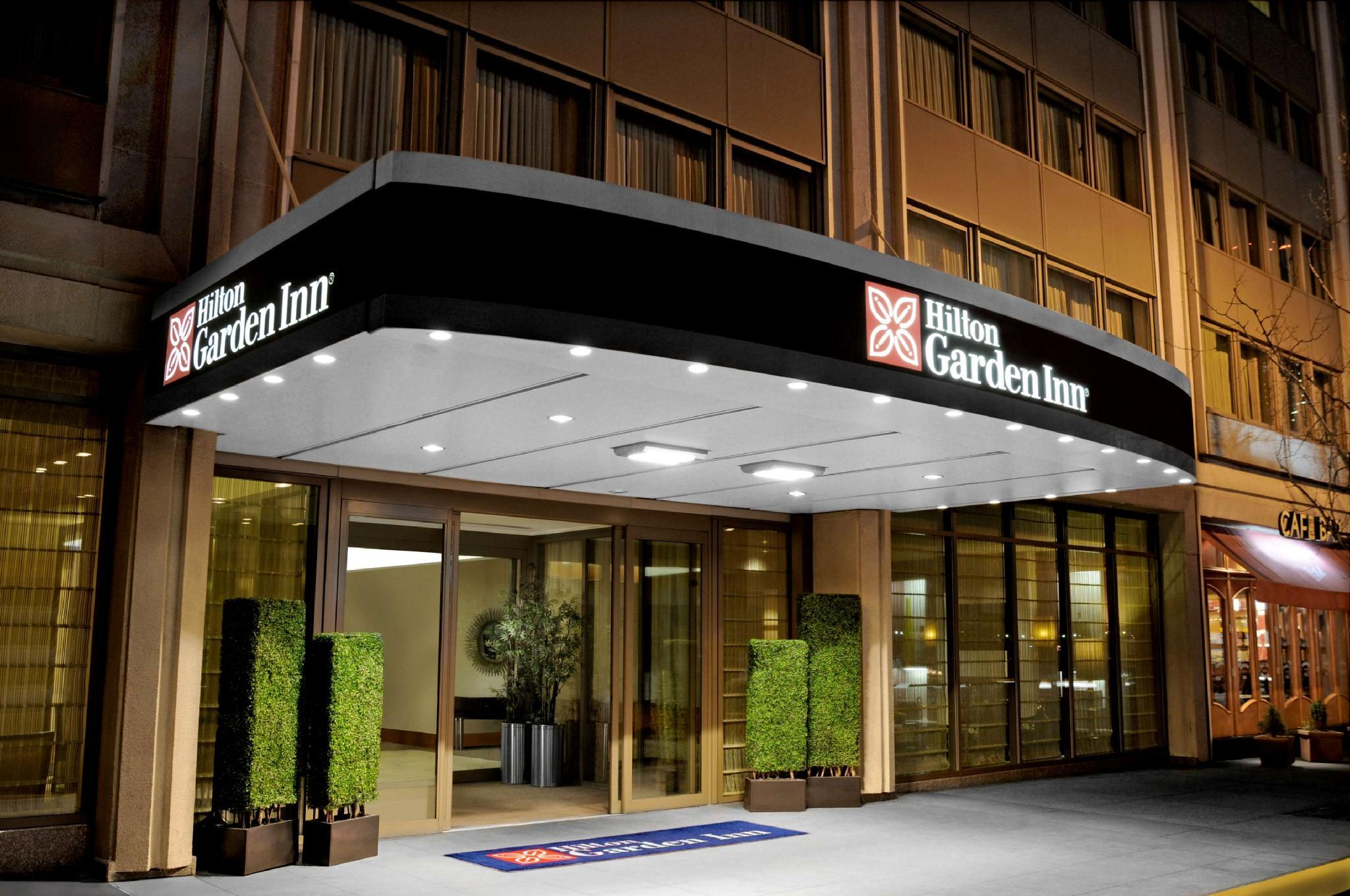 Hilton Garden Inn Times Square Hotel image