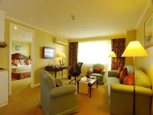 Best Western Oxford Suites Makati Manila - Hotellihuone