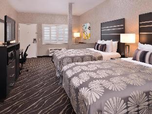 Front view of Best Western Plus Park Place Inn Mini Suites