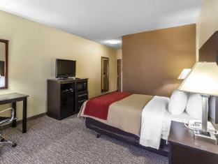 view of Comfort Inn & Suites