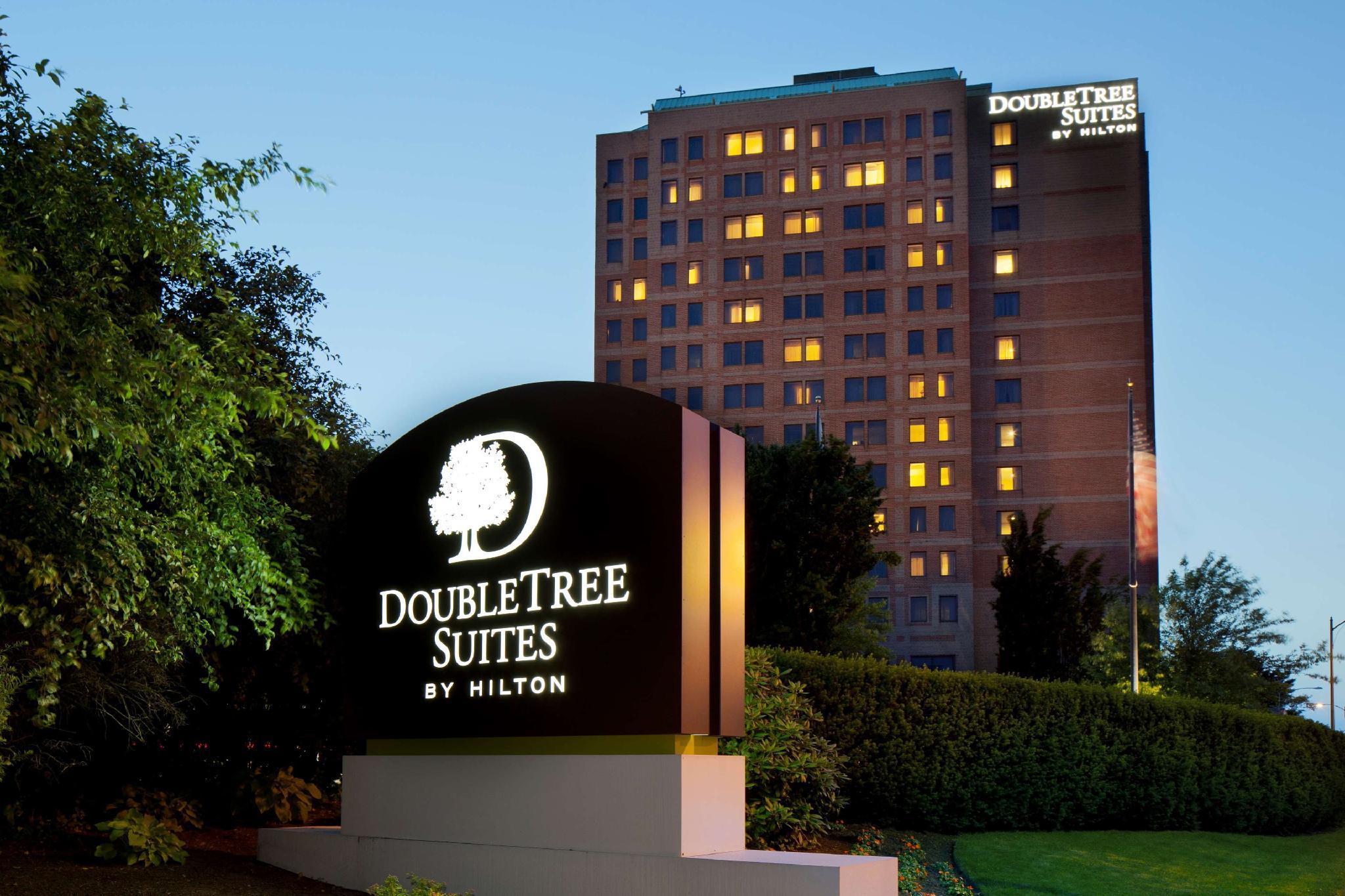 DoubleTree Suites by Hilton Hotel Boston – Cambridge image