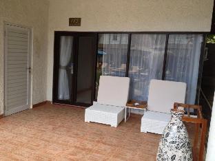 Savannah Resort