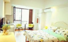 French Window Apartment with River View, Shangrao