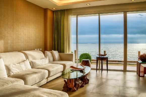 Paradise Ocean View  2 Bedroom Luxury Sea View  02