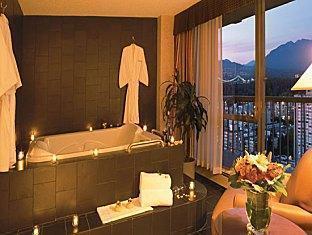 Coast Plaza And Suites Hotel Vancouver - Kuuma-allas