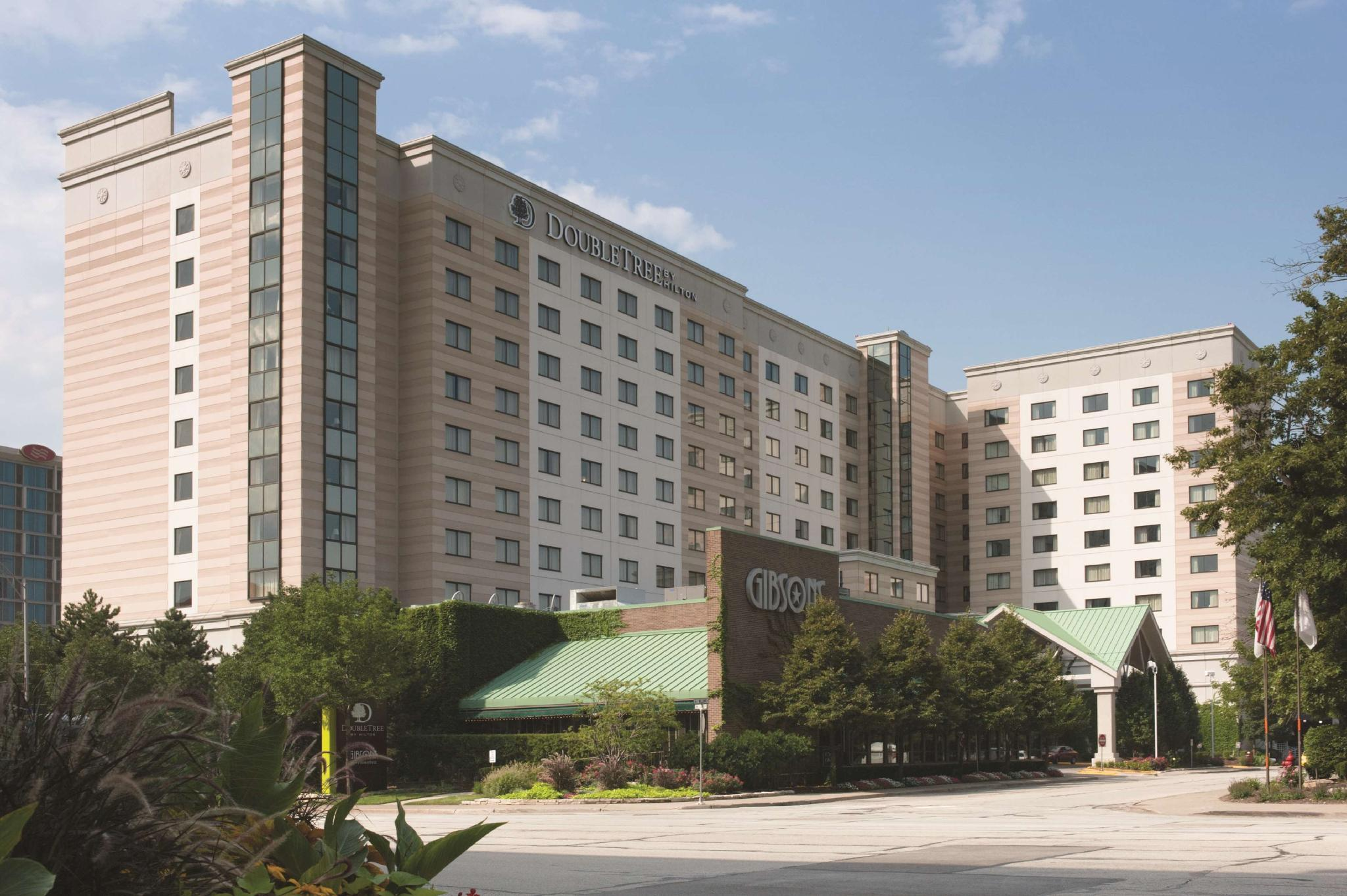 DoubleTree by Hilton Chicago O'Hare Airport - Rosemont image