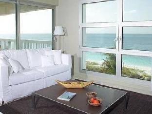 hotels.com Le Vele Condominiums